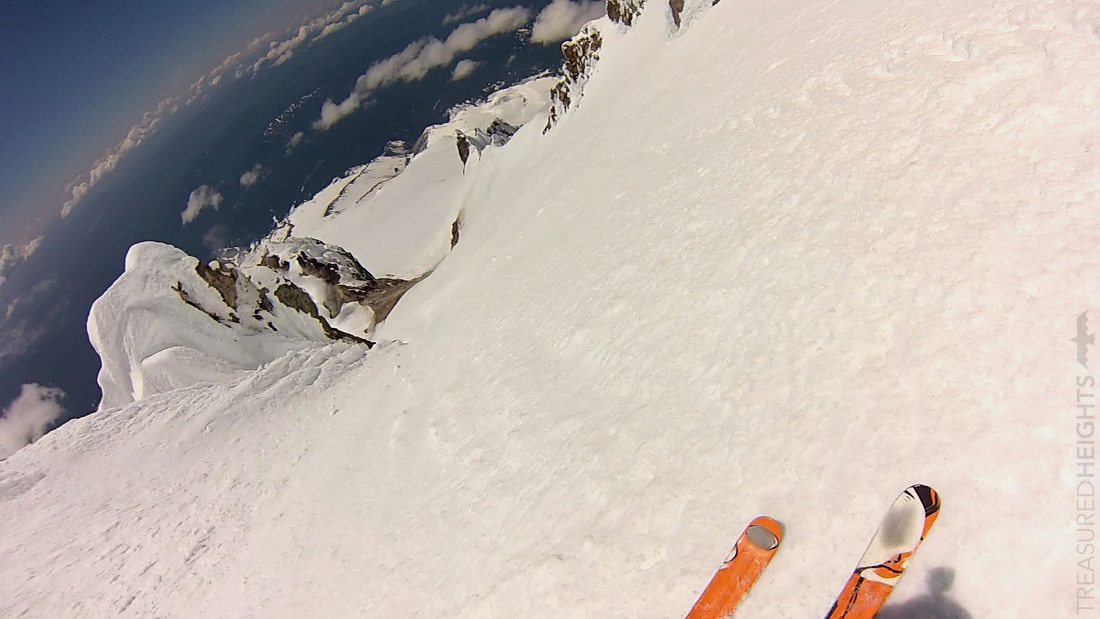Steep skiing on mount hood